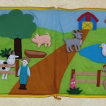 Auf dem Bauernhof Stoffbuch, alle Tiere herausnehmbar und mit Klettband zu befestigen Art. BK 131 32,00 EUR
